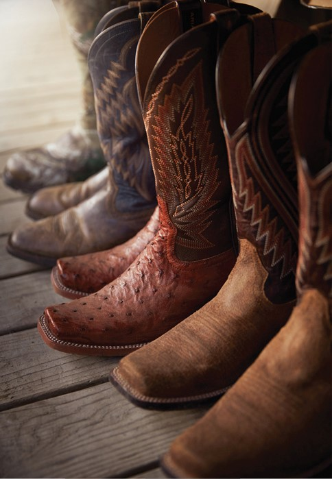 Premium brands of work and leisure shoes and boots from Tennessee Rural Outfitter & Western Clothing Store